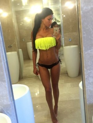 Shawnee curvy escorts in Midlothian