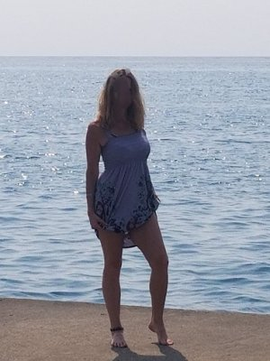 Marie-eve massage babes classified ads Yorkshire Humber UK